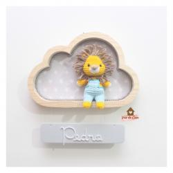 Leão - Nuvem P - Placa Colorida - Porta Maternidade