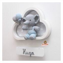 Elefantinho com macacão - Nuvem Branca - Porta Maternidade