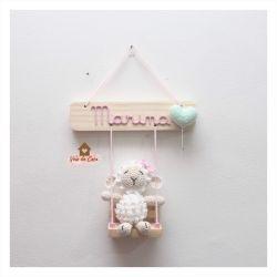 Ovelha no Balanço - Porta de Maternidade