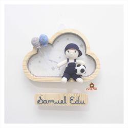 Menino - Futebol - Nuvem M - Porta Maternidade
