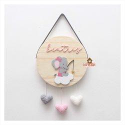 Elefantinha - Corações - Círculo - Porta de Maternidade