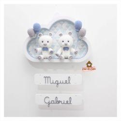 Ursinhos - Gêmeos - Nuvem M Branca - Porta Maternidade