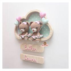 Ursinhas Gêmeas - 4 corações - Nuvem G - Porta Maternidade