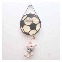 Porquinho - Futebol - Porta Maternidade