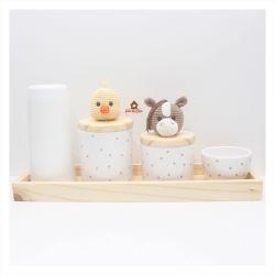 Fazendinha - Kit Higiene Poá - 5 peças - Bandeja Retangular Madeira